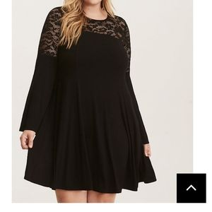 BLACK JERSEY KNIT LACE INSET TRAPEZE DRESS